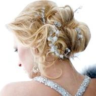 Фото - красива весільна зачіска 2013