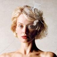 Фото - весільна зачіска для короткого волосся з проділом