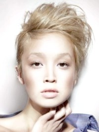 Фото - Молодіжні емо зачіски