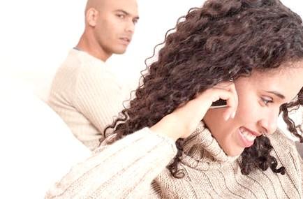 Як змусити чоловіка ревнувати? Посібник для всіх дружин