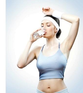 Пити чи не пити? міфи про воду!