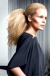 Фото - Стильна зачіска гофре на довге волосся