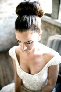 Фото - Ретро зачіска бабета на весілля.
