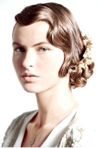 Фото - Весільна ретро зачіска голлівудські хвилі на коротке волосся.