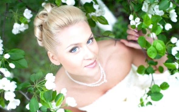Весільний натуральний макіяж для блондинок - правила створення образу нареченої