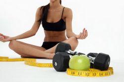 Виконання зарядки для схуднення