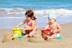 Як підготувати дитину до поїздки на море