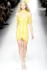 Жовта сукня. як і з чим носити. тенденції моди на 50 фото!