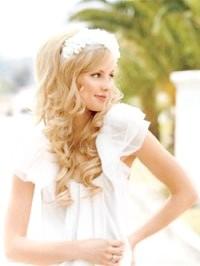 Фото - Розпущене волосся - весільна зачіска