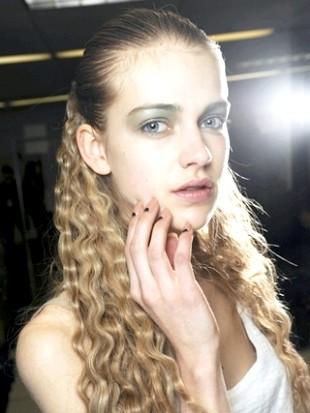 Прості зачіски на кожен день - 50 фото + інструкції на відео.