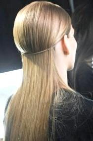 Фото - Зачіска на кожен день для прямих довгого волосся
