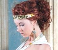 Фото - Зачіска в грецькому стилі з пов'язкою