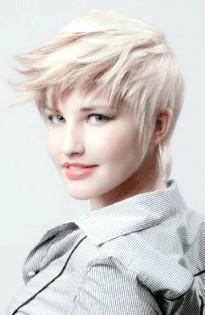 Стрижки для тонкого волосся фото