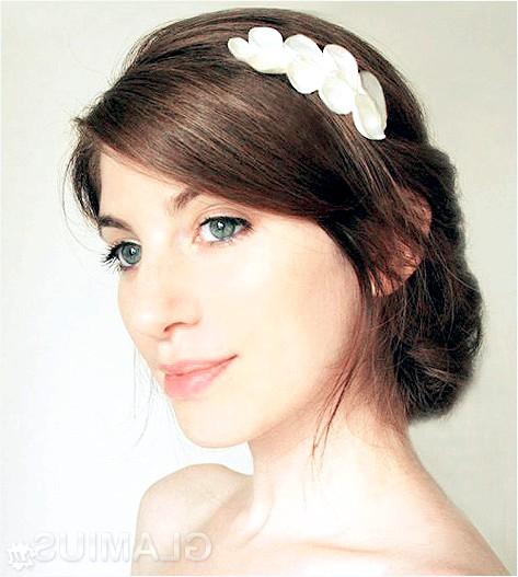 Фото - Грецька зачіска з прикрасою