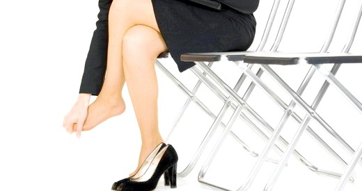 Фото - Незручне взуття - часта причина ураження нігтів!