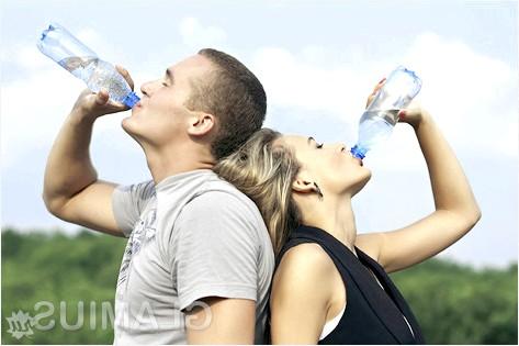 Фото - Вживаємо більше води