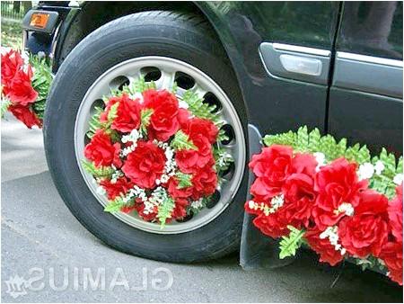 Фото - Прикраса коліс весільного автомобіля