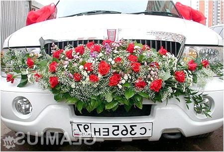Фото - Вишукана прикраса великий весільної машини