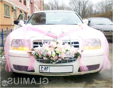 Фото - Білий весільний авто з фатою