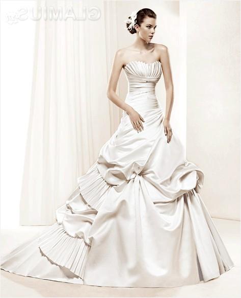 Фото - Ексклюзивне весільне плаття