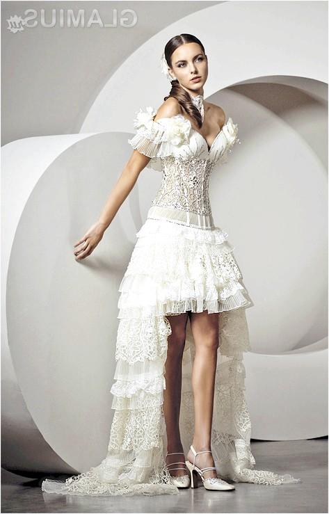 Фото - Красиве міні весільну сукню