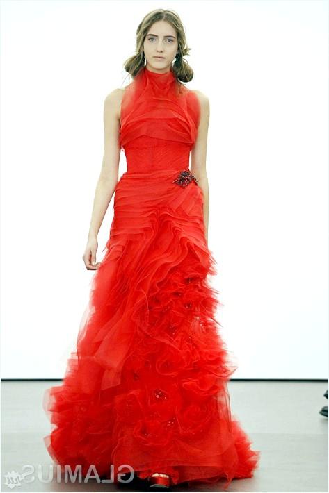 Фото - Весільна сукня від Віри Вонг червоного кольору