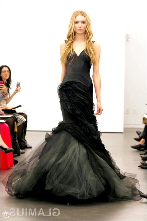 Фото - Чорне весільну сукню від Віри Вонг