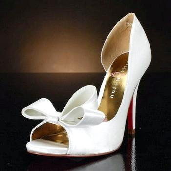 Весільні туфлі 2015 року та їх фото