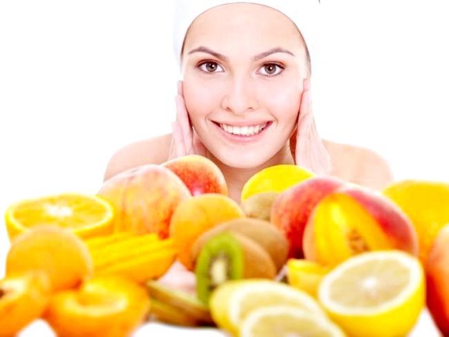 Догляд за обличчям: поради косметологів, домашні рецепти масок