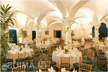 Фото - Оформлення весільного залу і столів