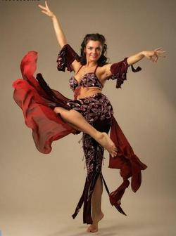 Східні казки - танець живота: навчання жіночої мудрості і прагнення до досконалості