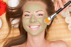 Зелена глина. застосування для обличчя і для шкіри